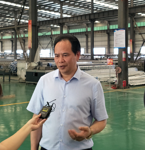 市政协委员谢志强:办好企业促进就业